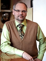 Супервизор: Склизков Андрей Анатольевич, психиатр-психотерапевт, психолог, групповой аналитик (Европейский сертификат психотерапии). В профессии с 1983 года.